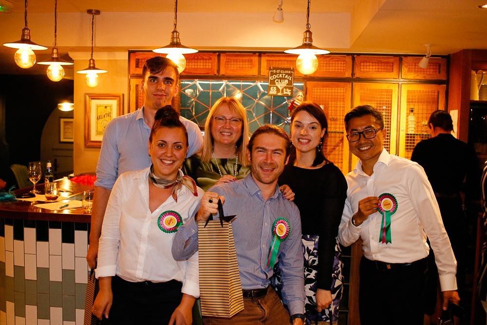 Fairhurst wins annual WW pub quiz